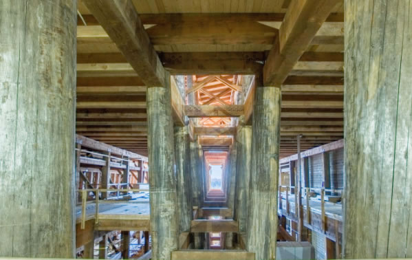 Timber Frame Construction of Ark