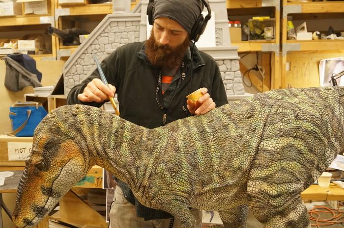 Sculpting Dinosaur