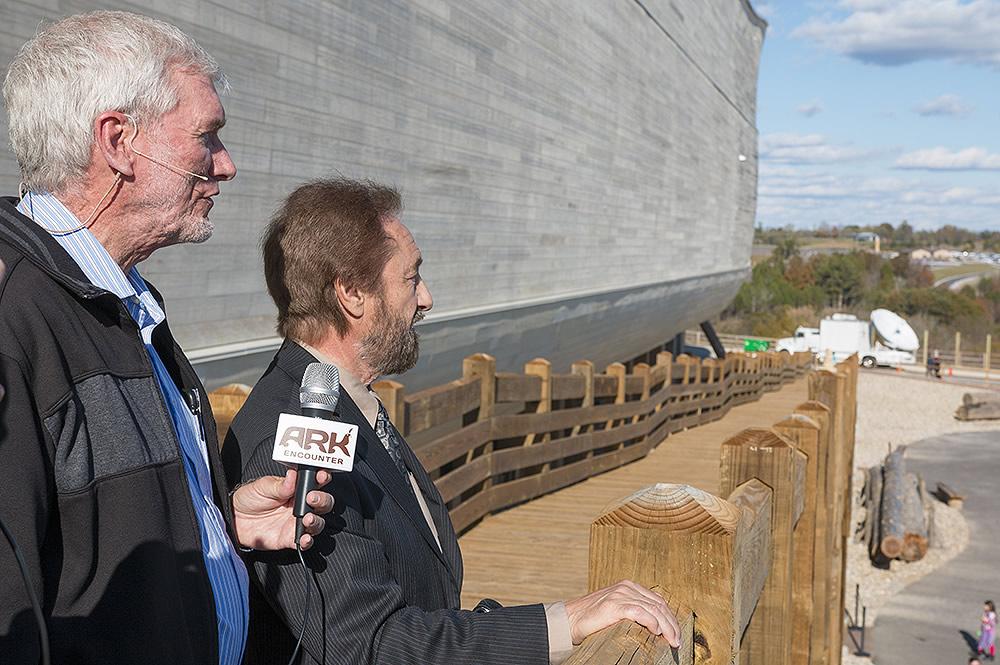 Ray Comfort And Ken Ham At Ark Encounter