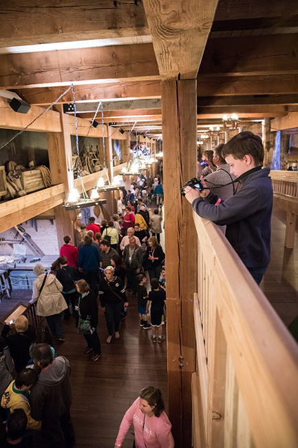 Crowds at Ark Encounter