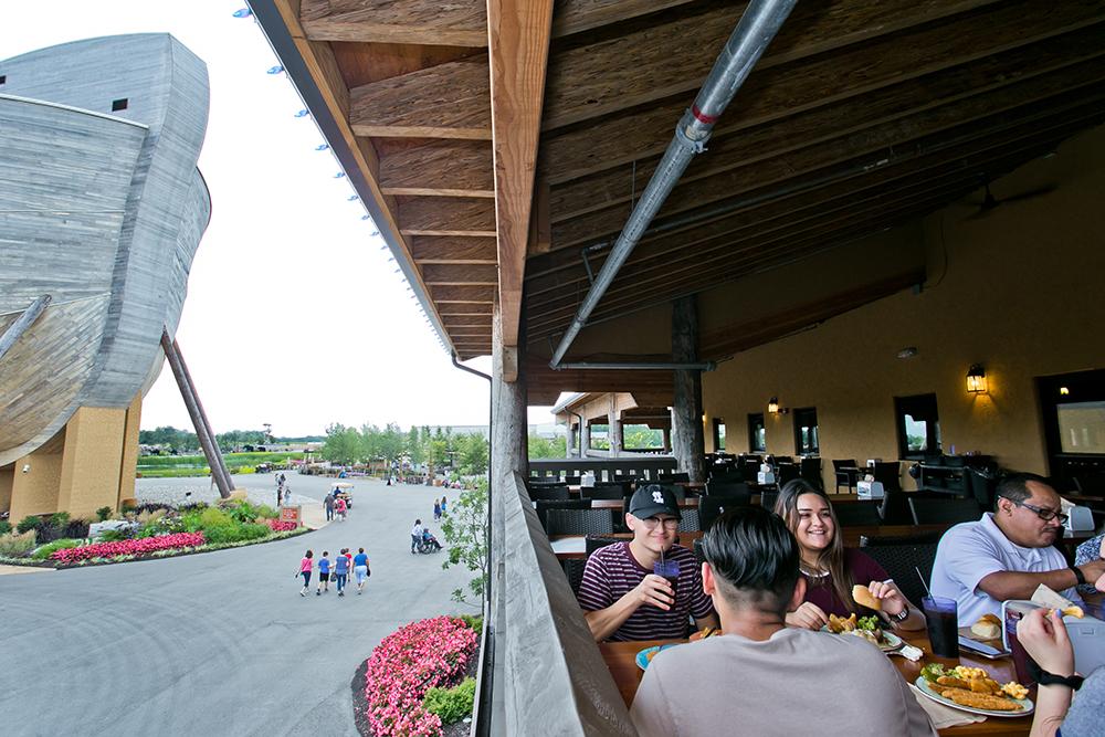 Outdoor Dining at Emzara's Kitchen