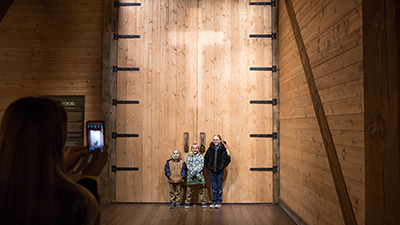 How to Find the Best Photo Opportunities at the Life-Size Ark