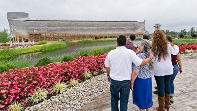 How to Spend Time with Your Family at the Ark Encounter